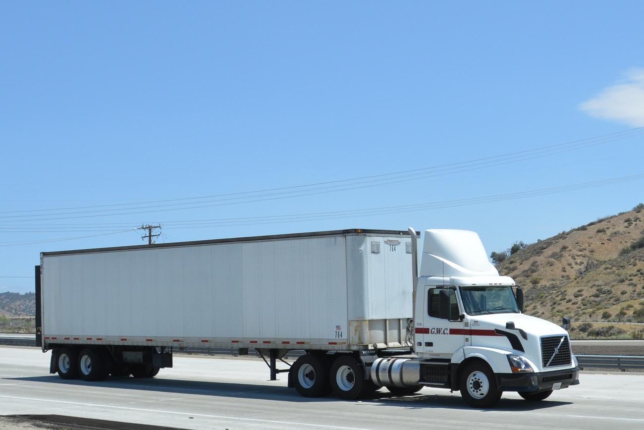 Three Rivers Trucking Long Beach Ca
