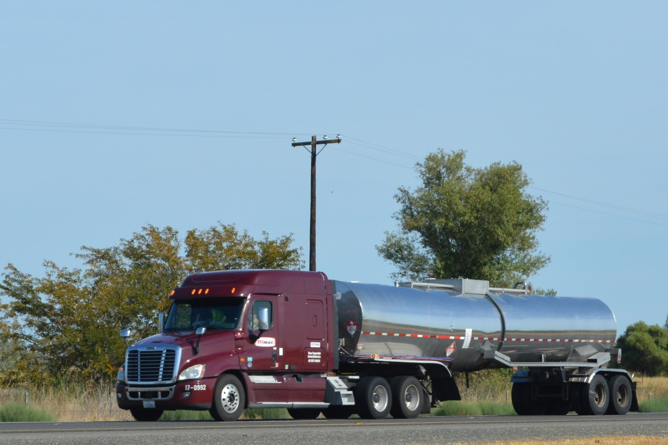 Trucking: Lmc Trucking