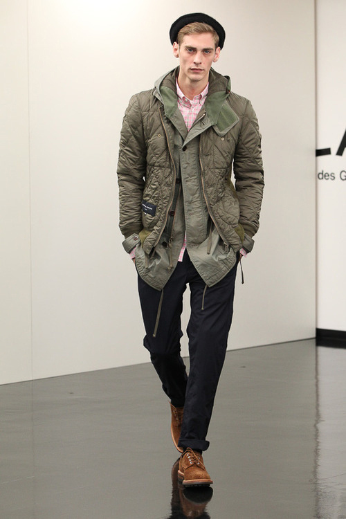 020-381-comme-des-garcons-homme-2013-fall-winter-collection-15