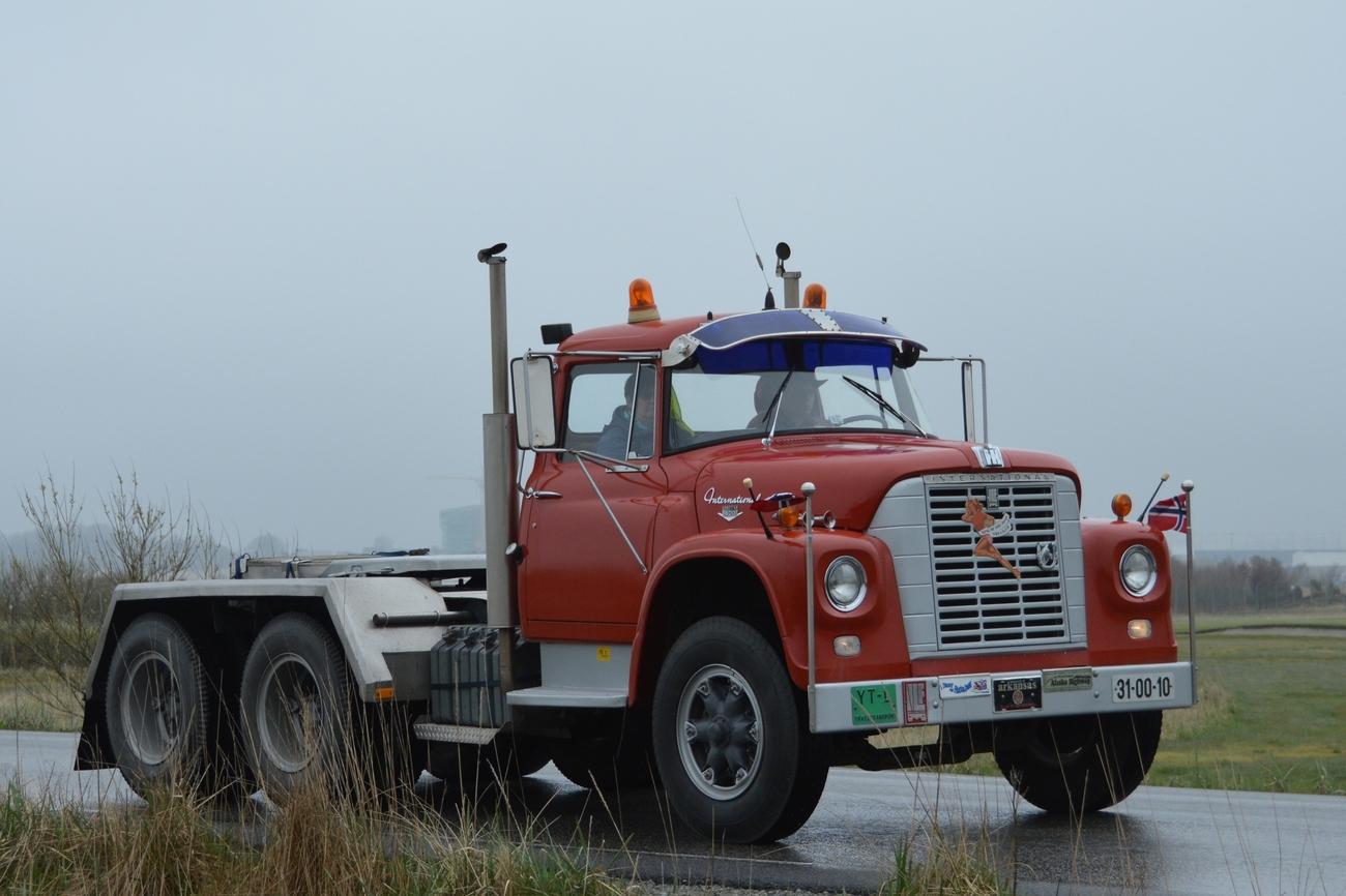 Mercedes Of Bedford >> Local Antique Truck Convoy - pt. 2