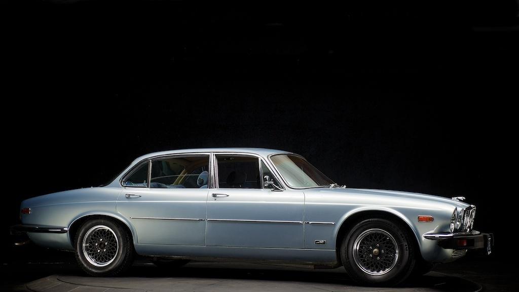 Purchase used 1976 Jaguar XJ12L Chevy Conversion V8 LT1 ...