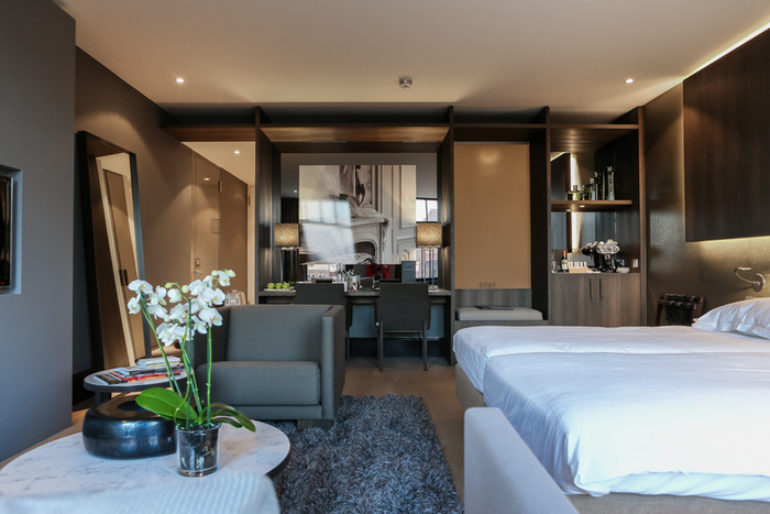 141-hypebeast-road-trips-amsterdam-the-dylan-hotel-04