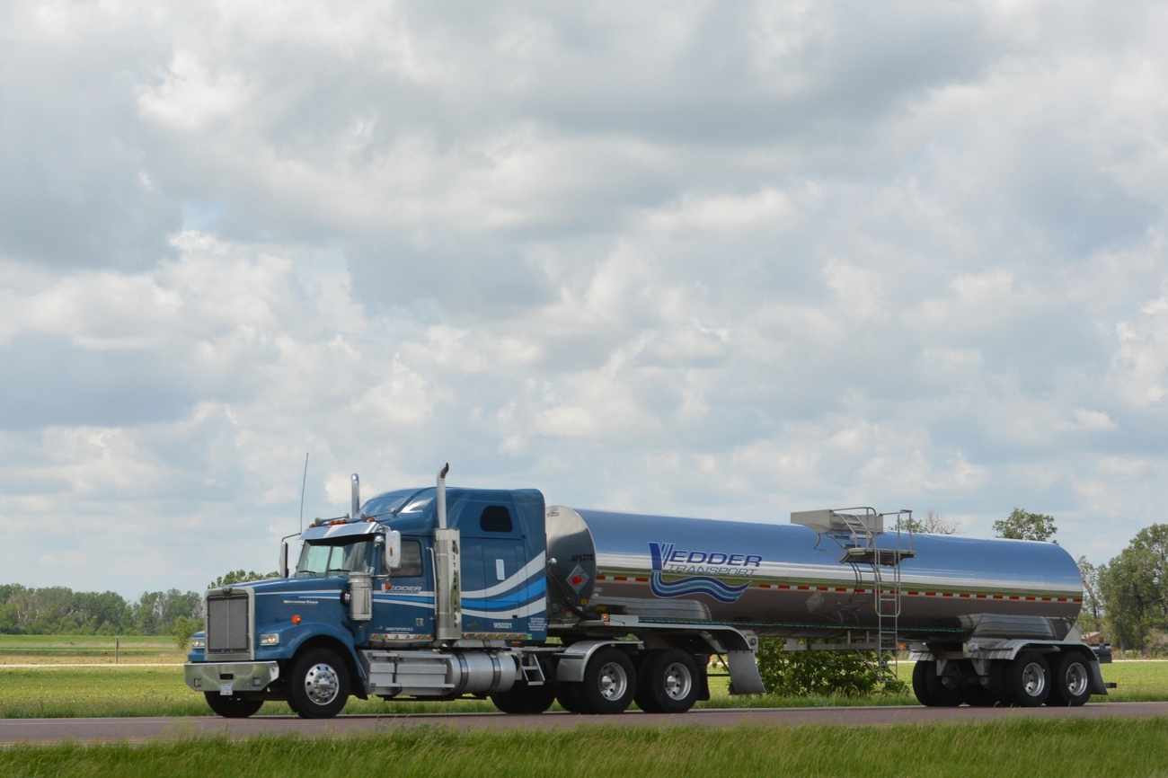 Trucking Jobs Calgary >> On the Road - I-29, Kansas City, MO to Council Bluffs, IA ...