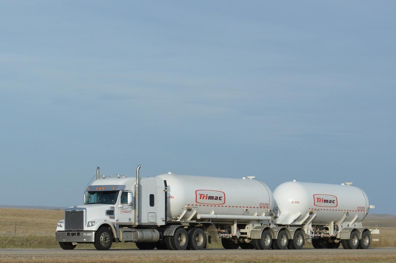 Trucking Jobs Calgary >> Trans-Canada Hwy, AB-SK, pt. 15