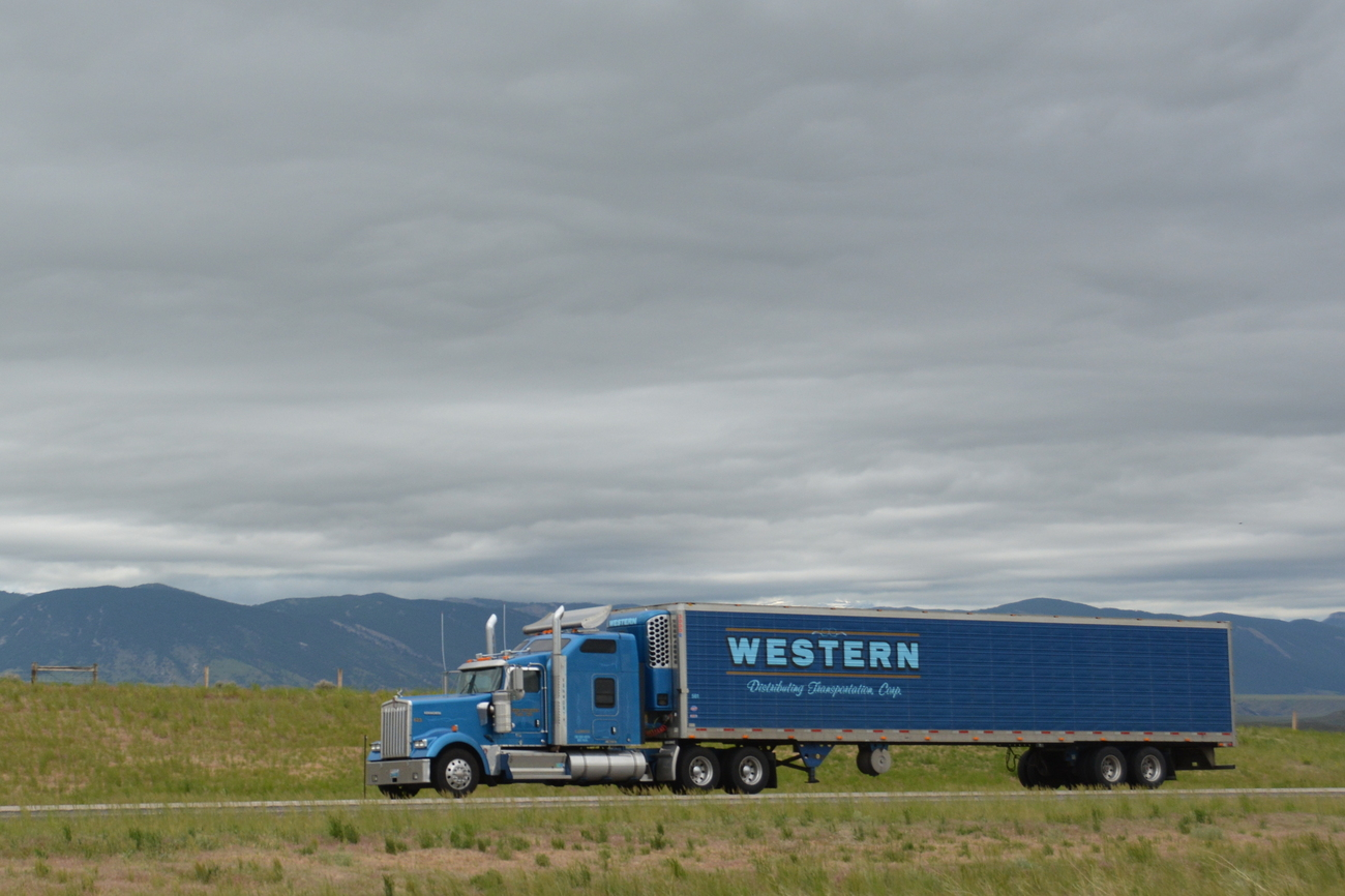 866 #1E3E61 Coronado For Thunder Ridge Trucking Of Casper WY. save image Martin Garage Doors Salt Lake City 36271300