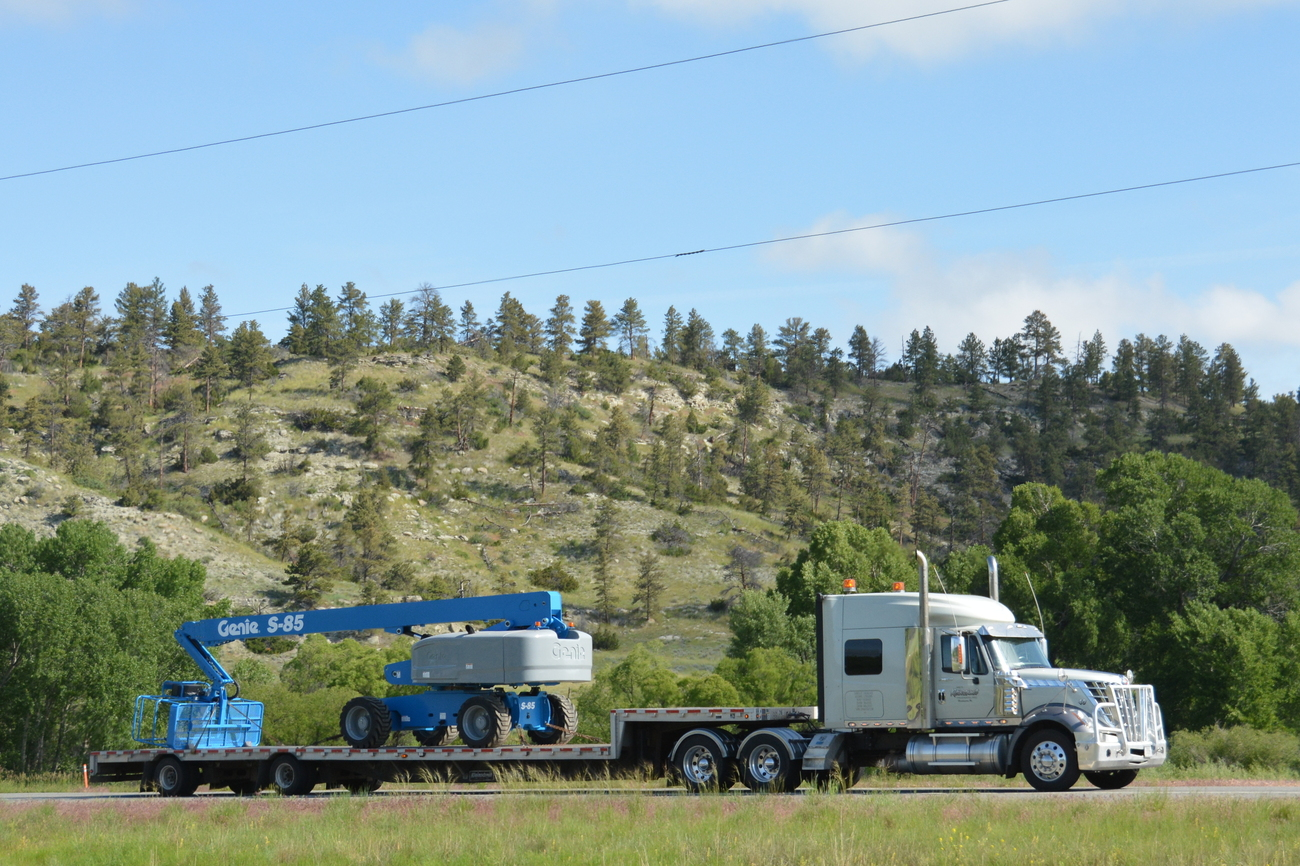 Hardin (MT) United States  City pictures : Sharp 386 for Triple L Transport out of Gunnison, UT.