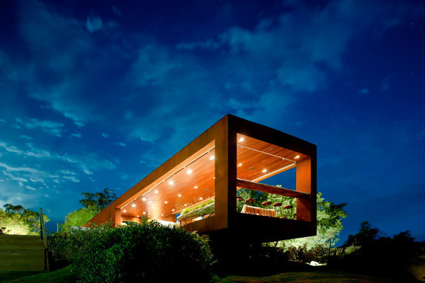 052-MensReverie-Fasano-Los-Piedras-Hotel_18-600x400