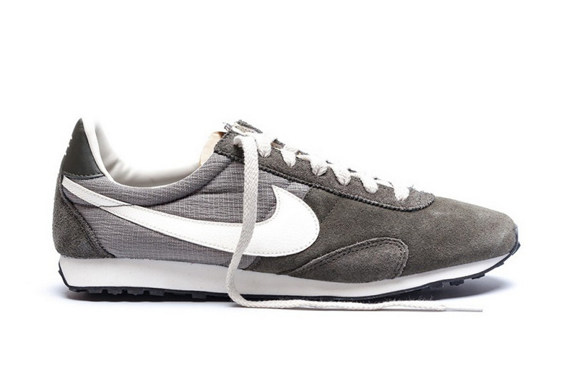 358-nike-2013-fall-winter-pre-montreal-racer-newsprint-sail-1
