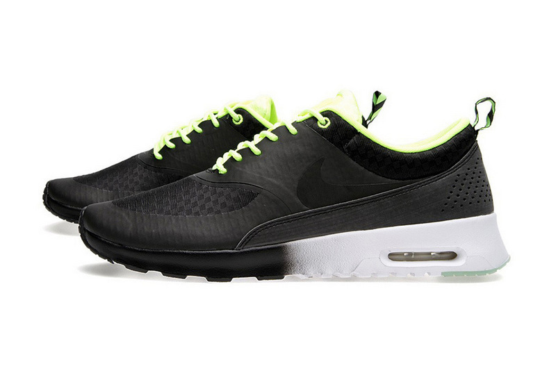 501-nike-womens-air-max-thea-woven-glow-in-the-dark-pack-03