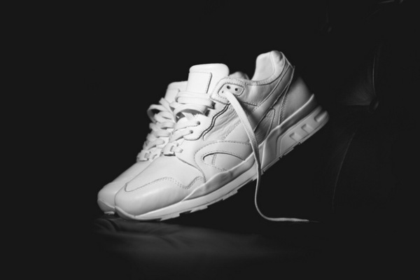 507-a-closer-look-at-the-ronnie-fieg-x-puma-xt-2-achromatic-for-dover-street-market-0
