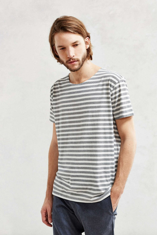 366-Cheap-Monday-Stripe-T-Shirt-800x1200