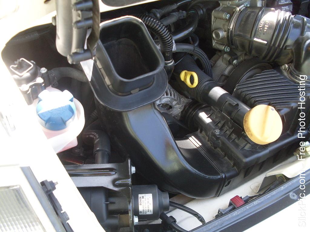 2000 PORSCHE CAB 019