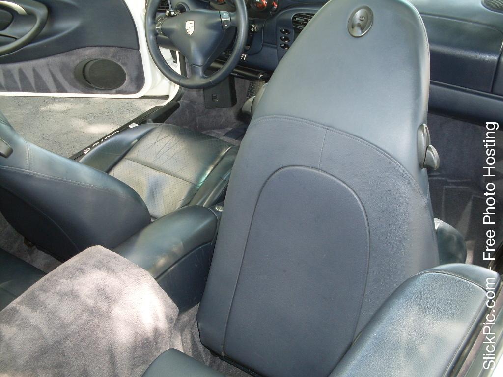 2000 PORSCHE CAB 042