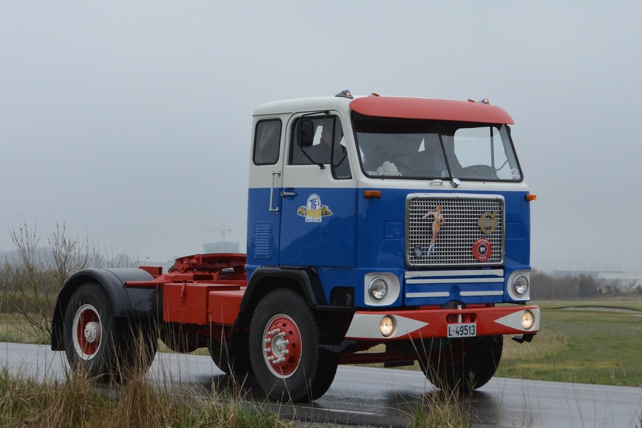 Local Antique Truck Convoy Pt 1