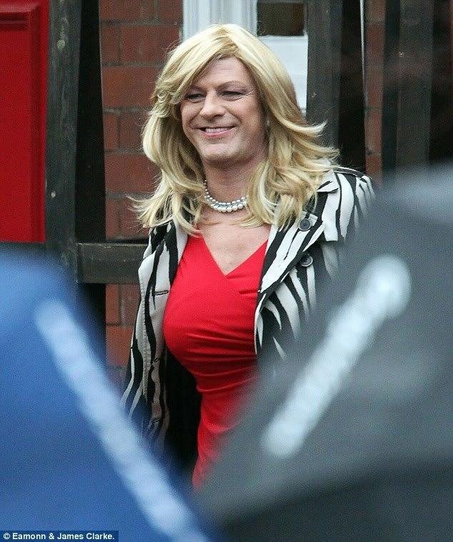 Actor play transvestite bbc stephen