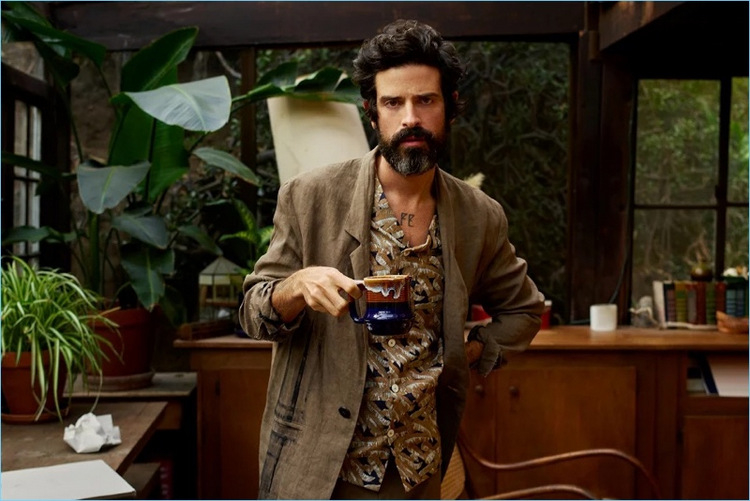 378-Devendra-Banhart-2017-Mr-Porter-Photo-Shoot-002