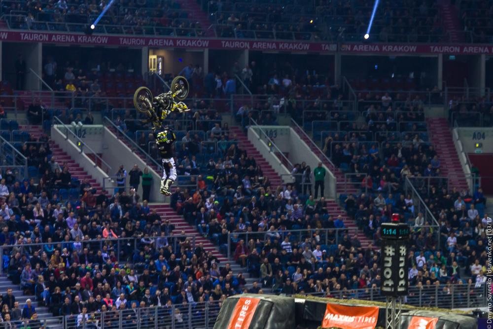 krakow_nightofjumps_011