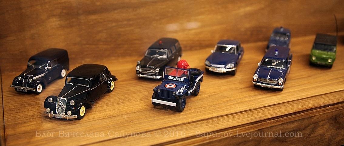 gendarmerie_cars