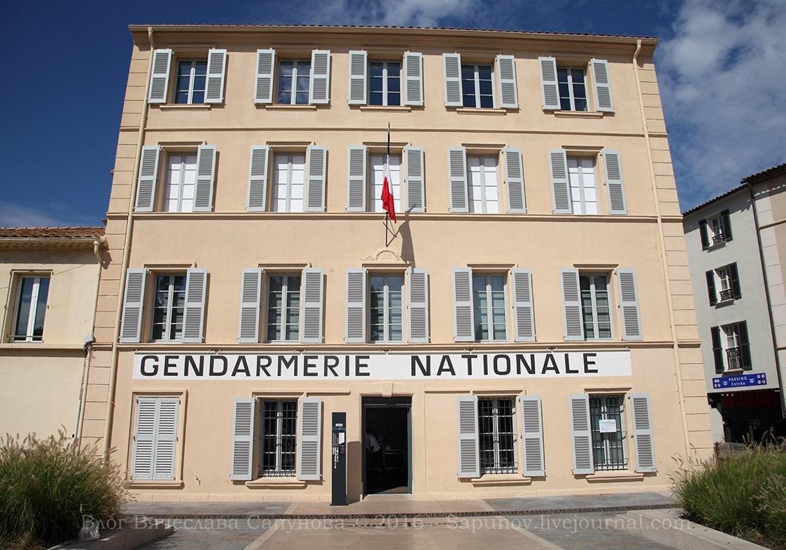 gendarmerie_000