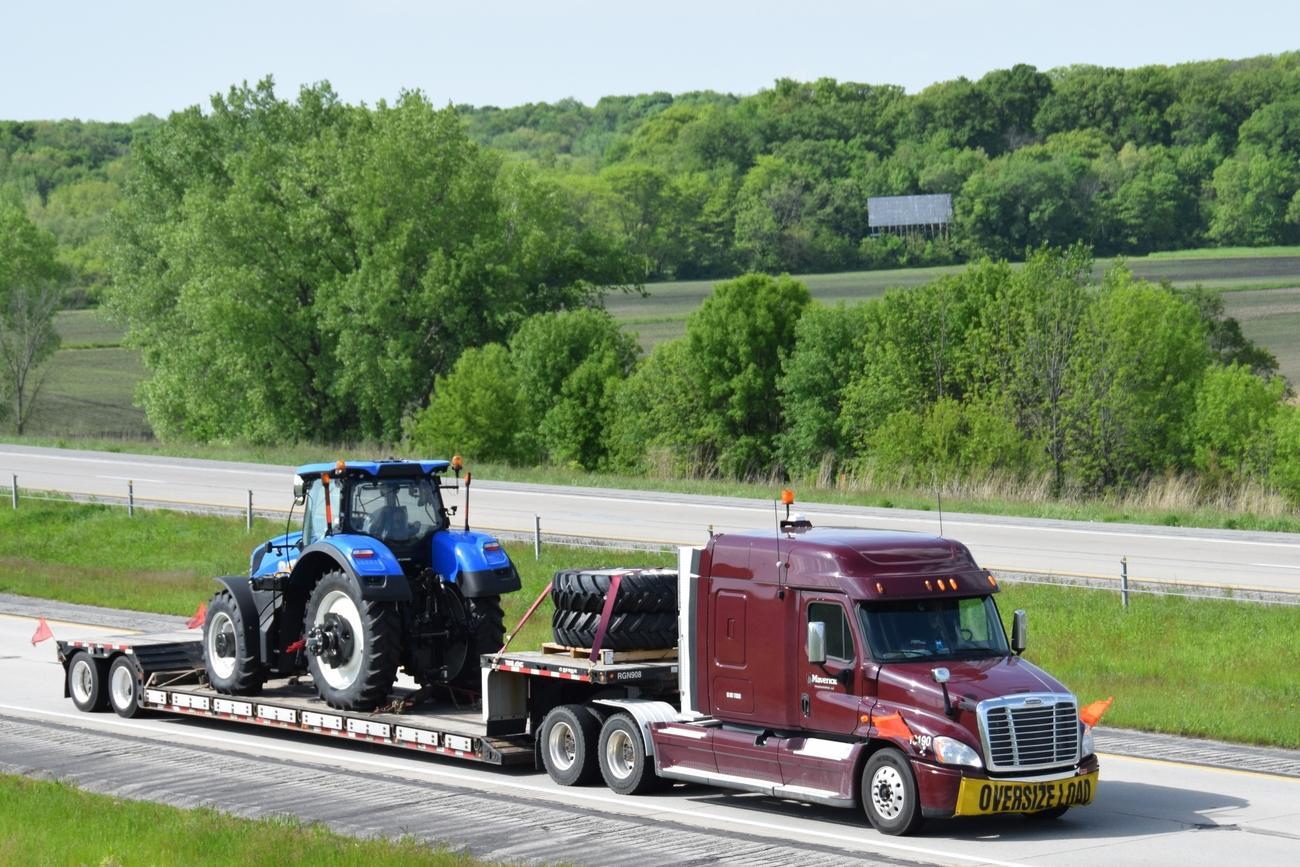 Trucking Companies: Trucking Companies Elk River Mn