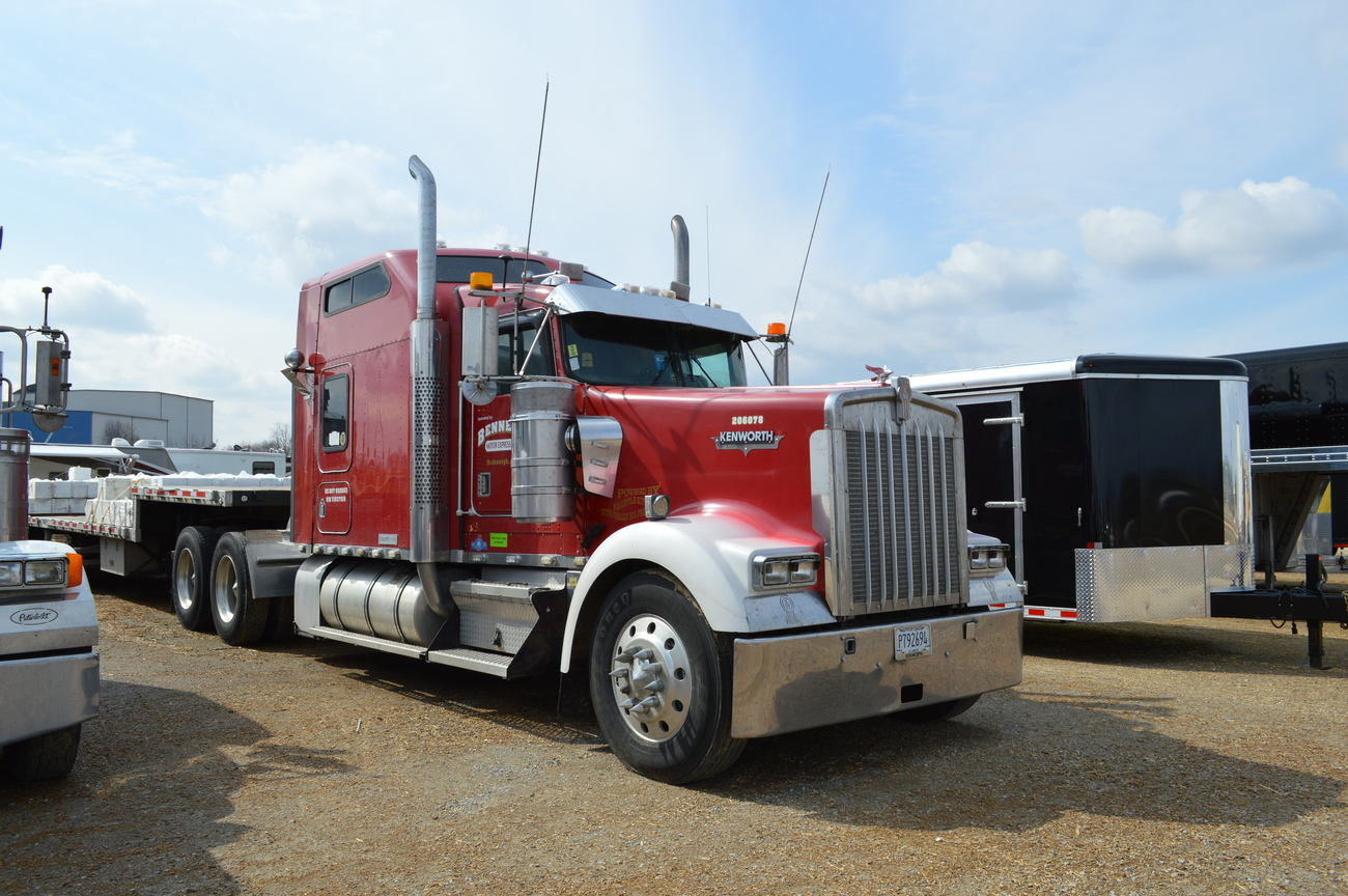 A sharp w900l also on with bennett