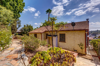 4415 Ellenwood Dr Los Angeles-large-033-12-HarAli0002Upload20-1500x1000-72dpi