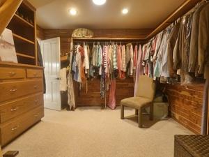 mstr_closet