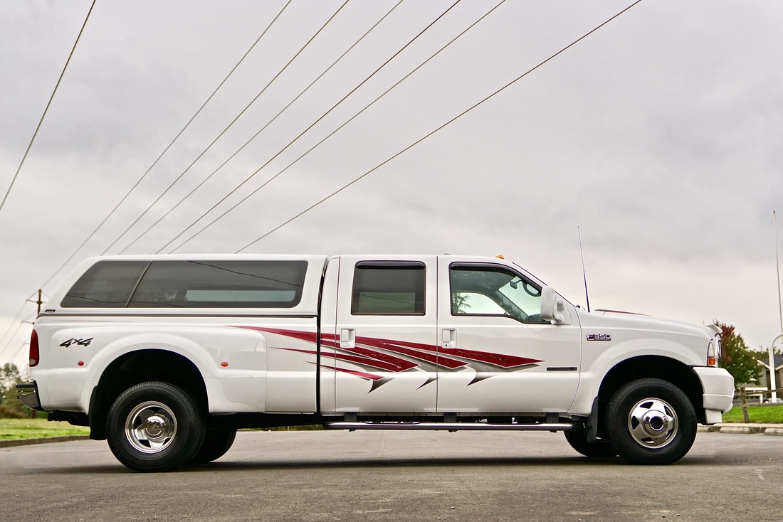 2001 Ford F-350 Lariat: 2001 Ford F-350 SD Crew Cab Lariat  4X4 8' Dually Bed With Only 27,000 Miles