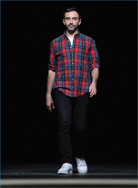 481-Riccardo-Tisci-Designer-Picture