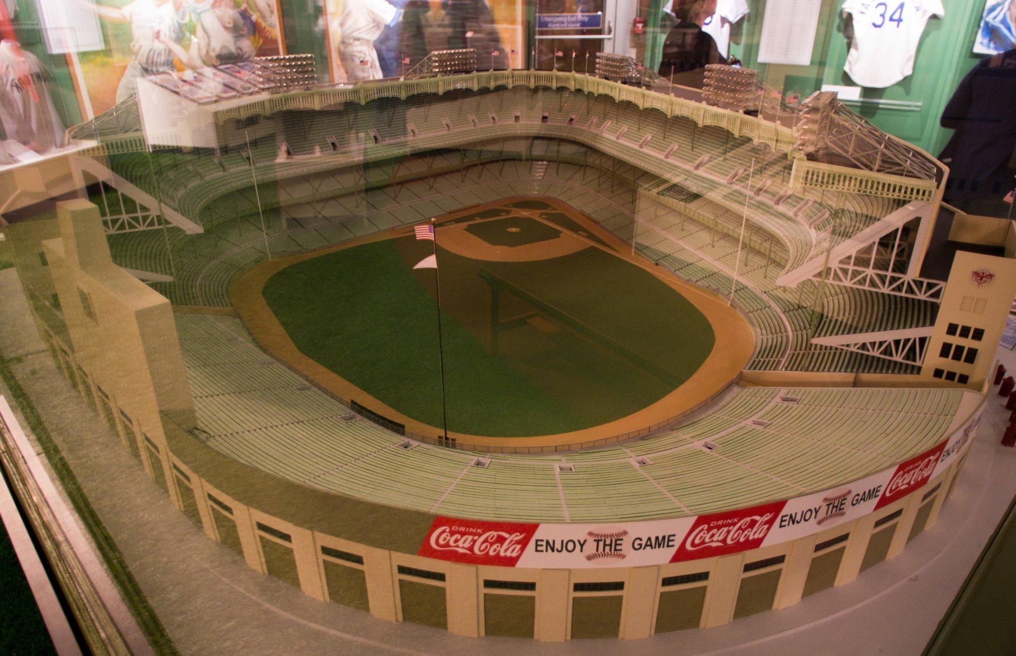 Snyders Model A >> Baseball memorabilia - PentaxForums.com