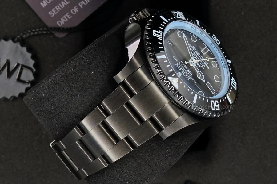 Rolex-Bamford-DEEPSEA-SEA-DWELLER-116660-04 (2)
