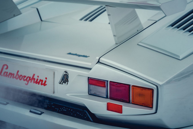 442-1991-lamborghini-countach-25th-anniversary-auction-8