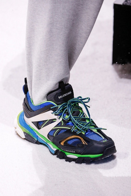 421-balenciaga-fall-winter-2018-sneaker-1