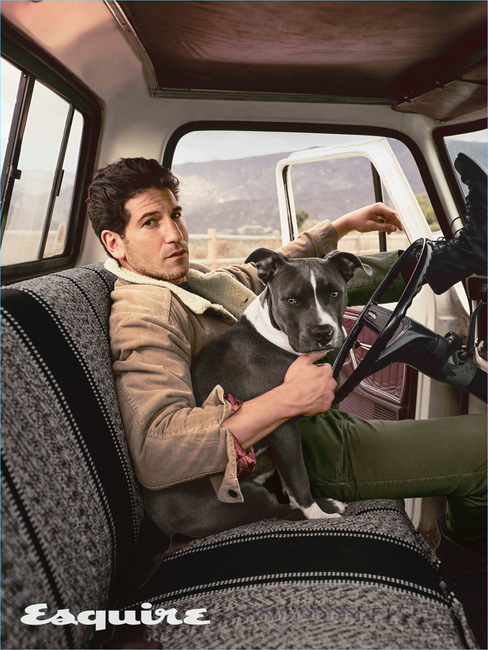 379-Jon-Bernthal-2018-Esquire-Cover-Photo-Shoot-002